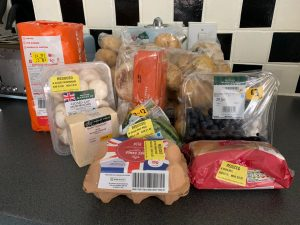 contents of one morrisons too good to go box