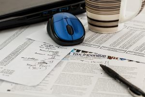 5 Top Tips for Staying on top of Your Taxes
